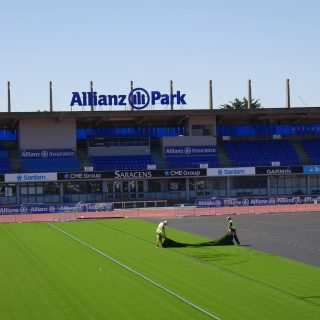 Saracens 2016 SISTurf installation, rugby pitch, allianz park, synthetic turf, artficial pitch